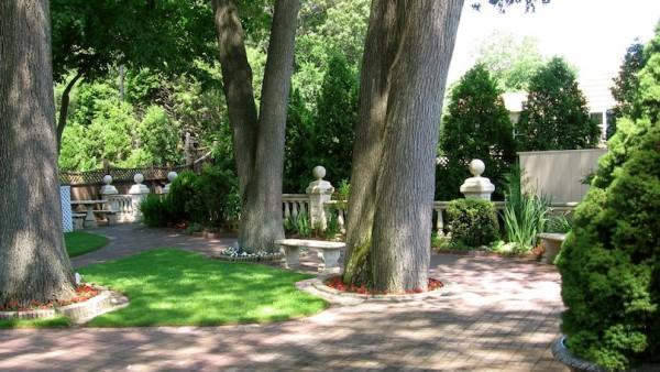 upper ceremony garden