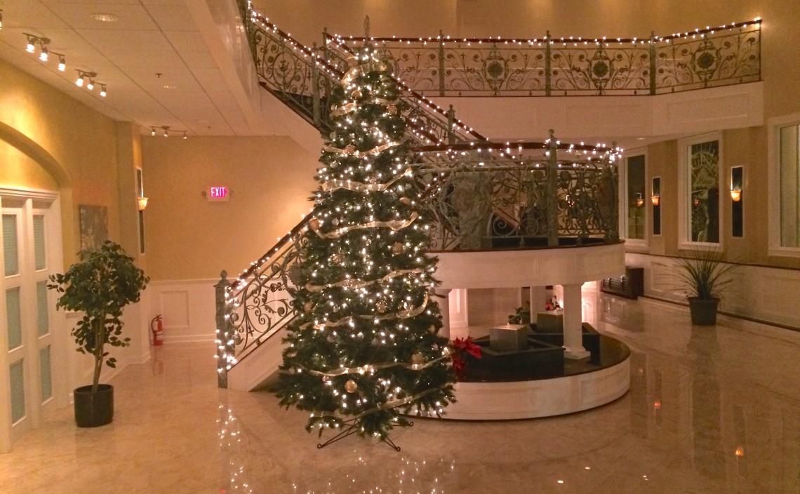 Lobby holidays